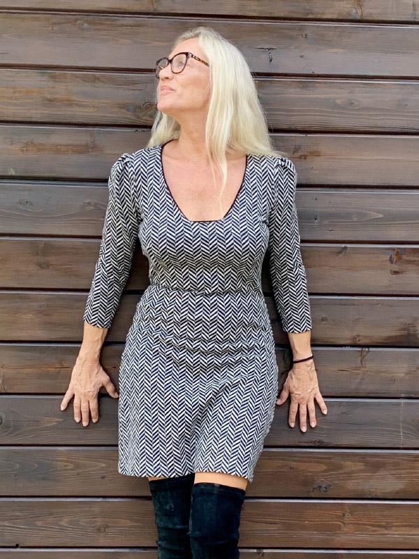 Kleid Elfie mit long stiefel