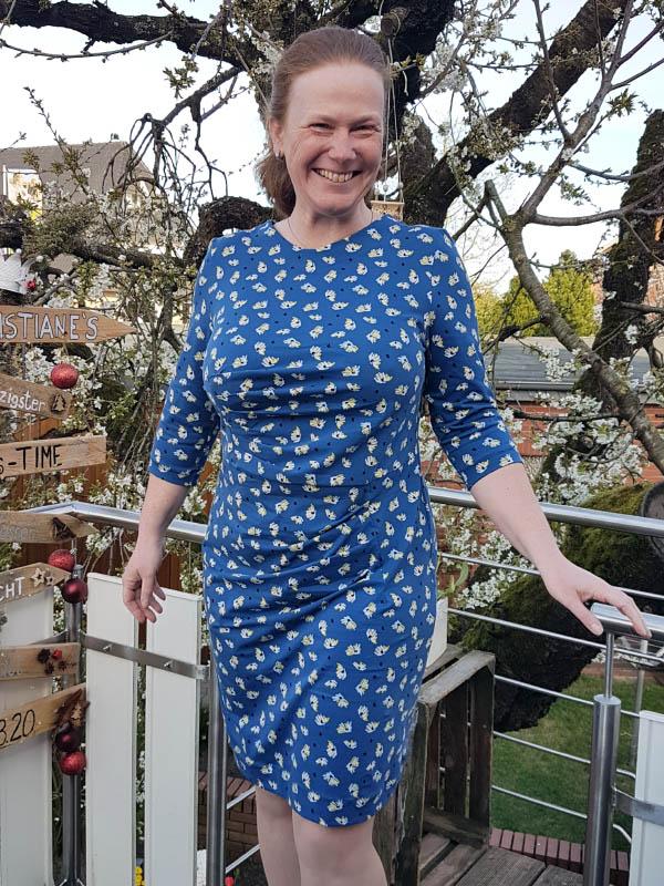 Kleid Joyce Storck cup D 46