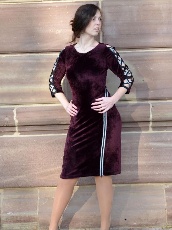 Kleid Sarana Samt rot