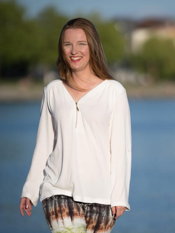 Bluse Rosanne langaermeligg creme